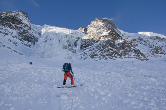 Piz morteratsch via zippert sci boval tschierva mountainspace giacomo longhi marco ballerini scialpinismo engadina bernina valentino cividini spraunza (9)
