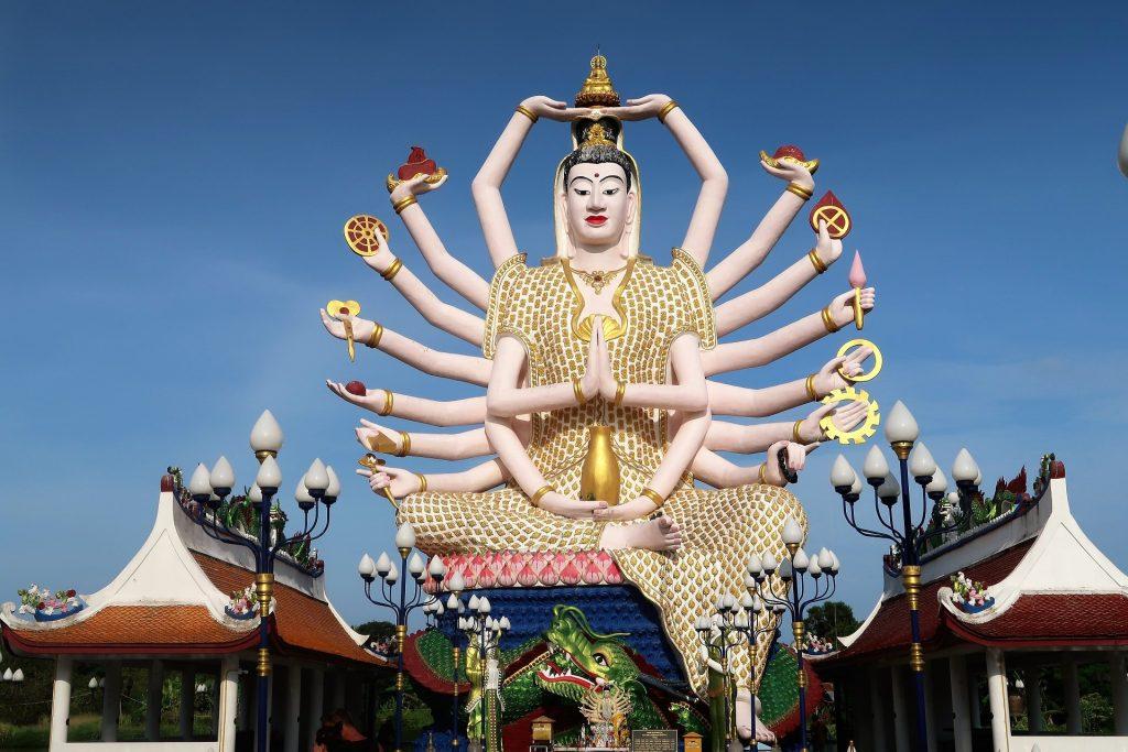 statua a 18 bracci di Guanyin koh samui