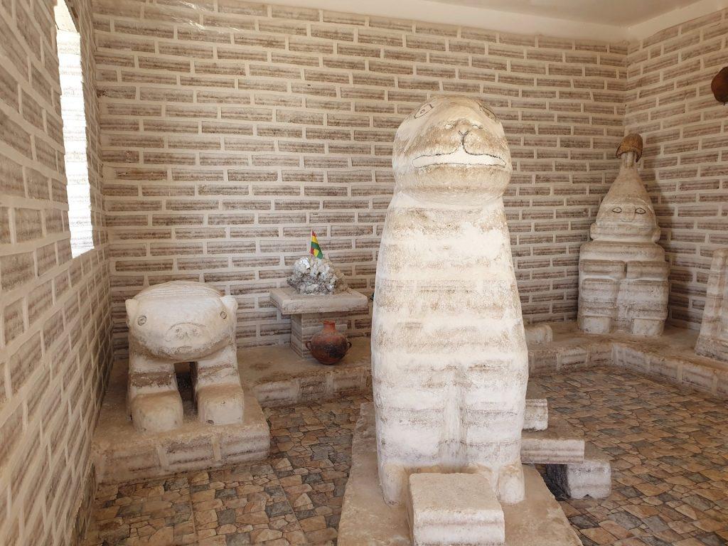 hotel di sale sculture