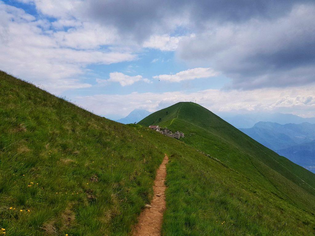 Sentiero fino al Monte Crocione