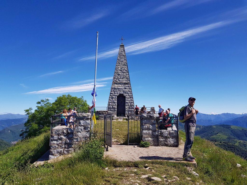 Struttura Piramidale Monte Palanzone