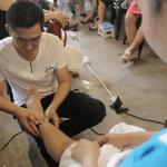Hướng dẫn cách massage cho vợ bầu anh chồng nào cũng làm được