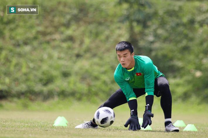 HLV Park Hang-seo đăm chiêu, nữ sinh Indonesia xôn xao vì U23 Việt Nam - Ảnh 10.