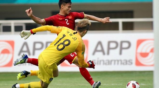 U23 Việt Nam: Người hùng World Cup lên tiếng sau khi bị Minh Vương đánh bại bằng siêu phẩm