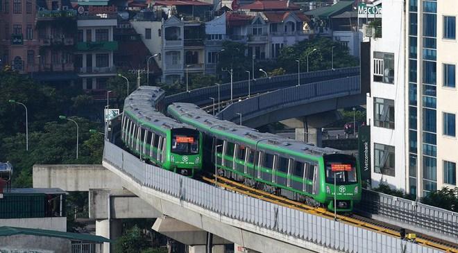 13 đoàn tàu đường sắt Cát Linh – Hà Đông đang chạy thử trong sáng nay