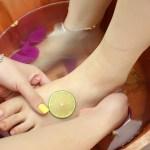 Lợi ích thần kỳ từ việc dùng chanh chăm sóc bàn chân