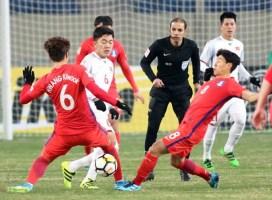 Trọng tài bắt trận Việt Nam - Malaysia từng khiến CĐV phẫn nộ