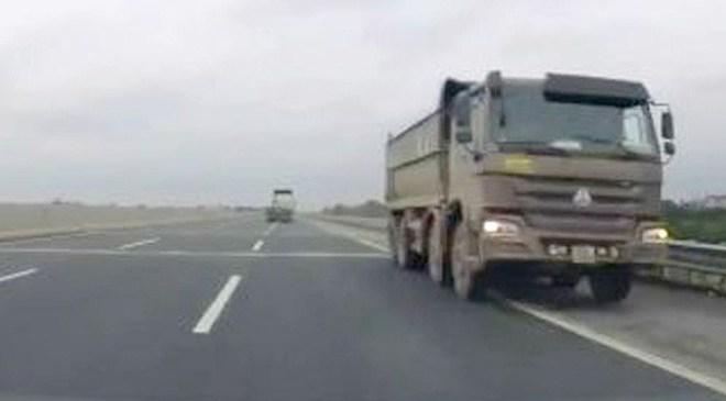 Vì sao không truy tìm được xe tải chạy ngược chiều vun vút trên cao tốc Nội Bài – Hải Phòng?
