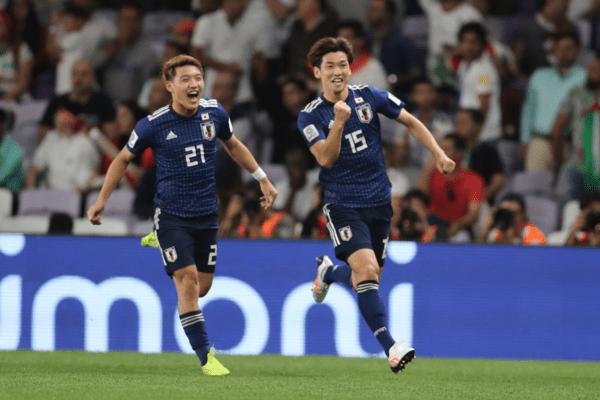 Nhật Bản đè bẹp Iran, vào chung kết Asian Cup
