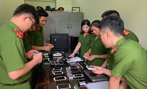 Vietnam police bust 0-million online gambling ring