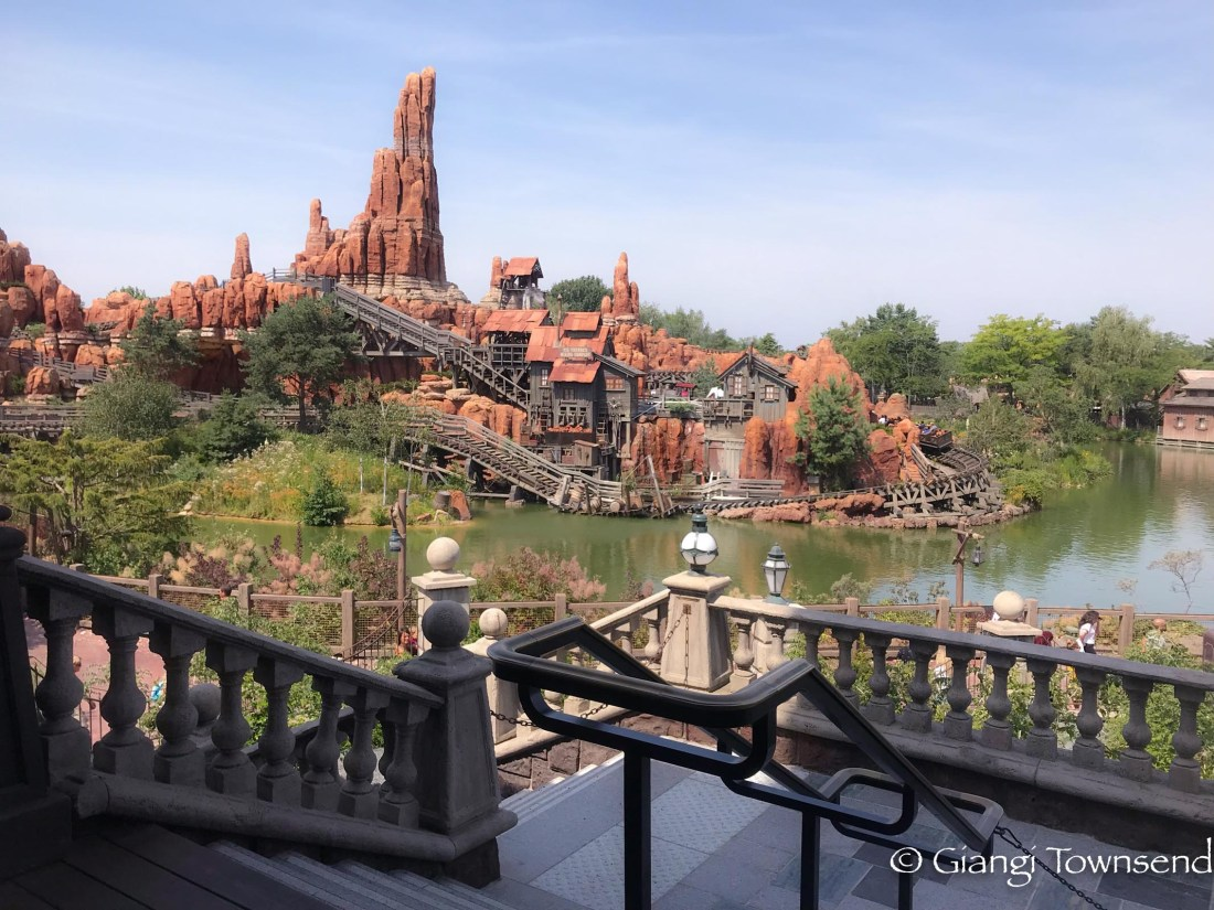 Big Thunder Mountain rollercoaster