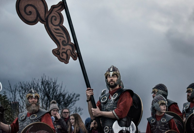 up-helly-aa-processione