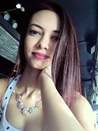 Έτοιμη για να εργαστεί σαν κομμώτρια η Μαργαρίτα Πογιάννη απόφοιτη της σχολής κομμωτικής Gianneri Academy στην Θεσσαλονίκη.