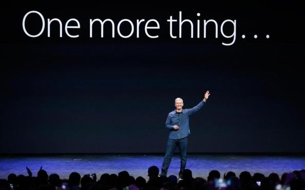 Steve Cook, presenting the Apple Watch