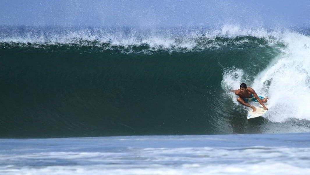 Surf Guide Lenin Martinez