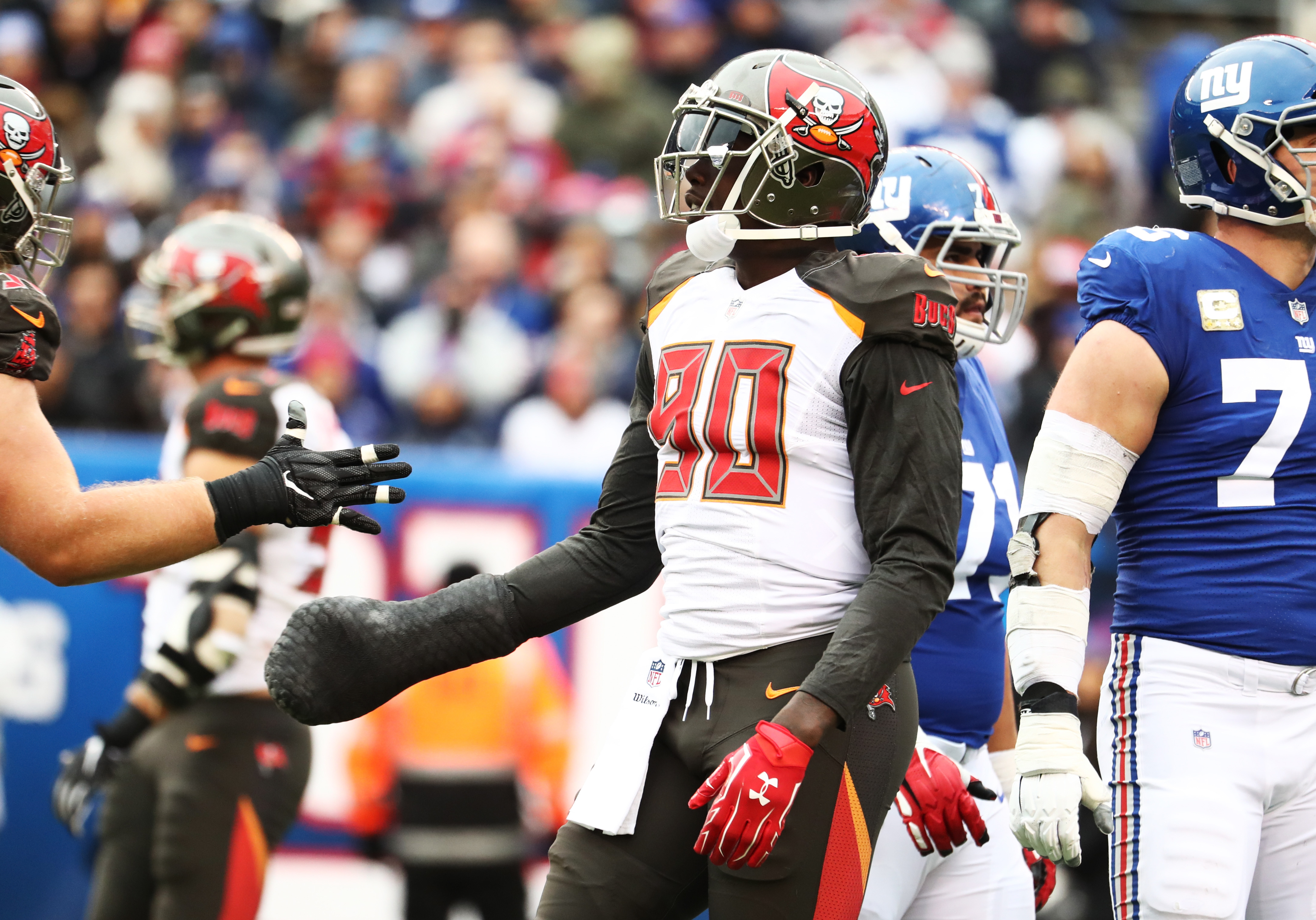 Bucs' Jason Pierre-Paul out to 'destroy' Giants on Monday night