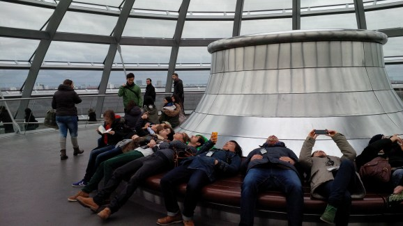 People taking identical pictures of the sky from the top of Reichstag
