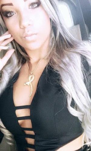 Arisha Lunna tem 19 anos, nasceu em São Vicente