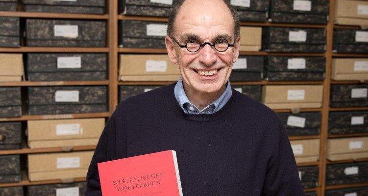Ein Lebenswerk vor dem Abschluss: Robert Damme und das Westfälische Wörterbuch