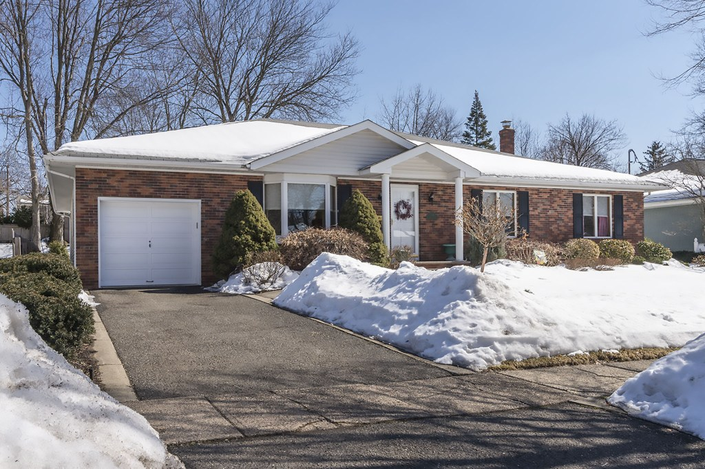 348 Valley Road River edge, NJ 07661 for sale by the Gibbons Team