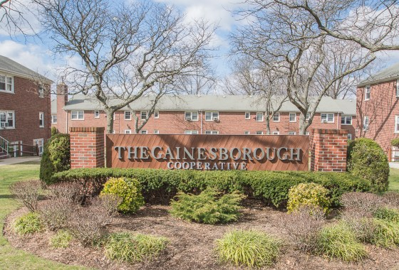 8 Gainesborough Terrace River Edge NJ 07661 presented for Sale by the Gibbons Team | www.gibbonsteam.net
