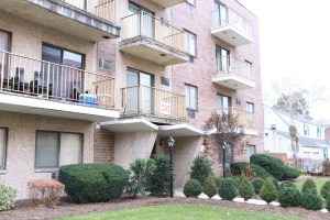 245 Anderson St 4A Hackensack, NJ 07601   Presented by the Gibbons Team www.gibbonsteam.net