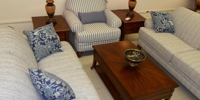 southern furniture gibson sofa cama chaise longue apertura italiana tables, mooresville, nc | brothers inc.