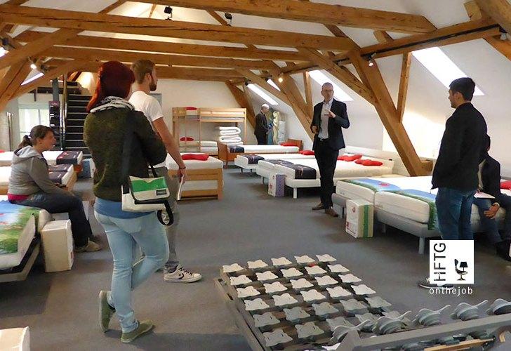 Ein Bett ist ein Bett – Roviva Firmenbesichtigung
