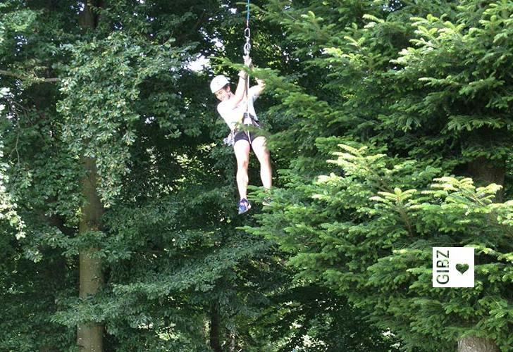 Sport in den Baumwipfeln – ein spezieller Sporttag der Klasse BMA2