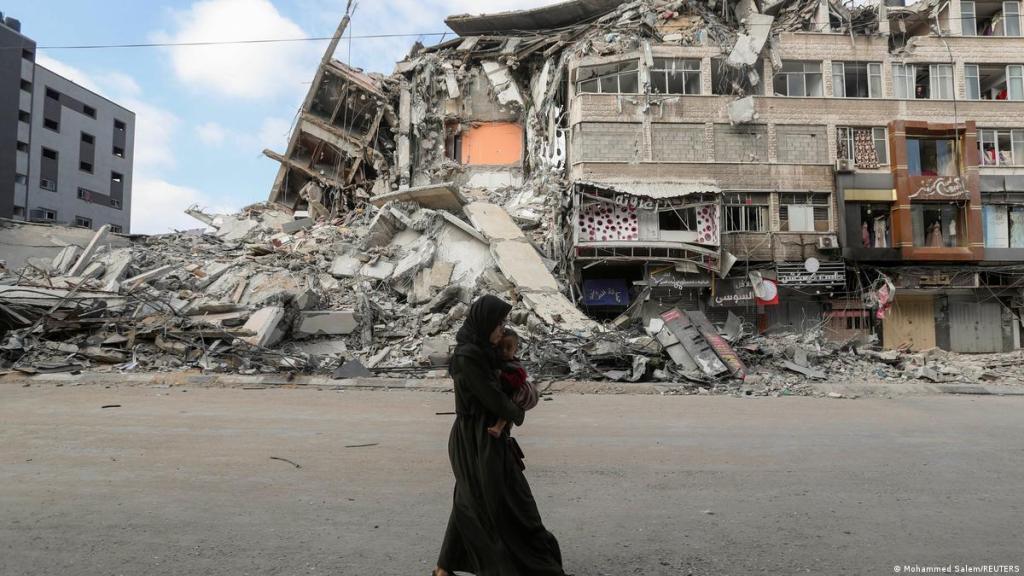 israel-gaza-violence-israeli-ground-troops-attack-gaza-strip
