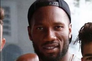 (Image): Chelsea's new transfer target pictured with Didier Drogba