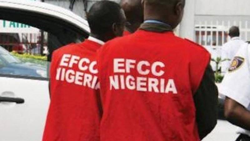 EFCC arrests 30 suspected 'Yahoo boys' in KWASU