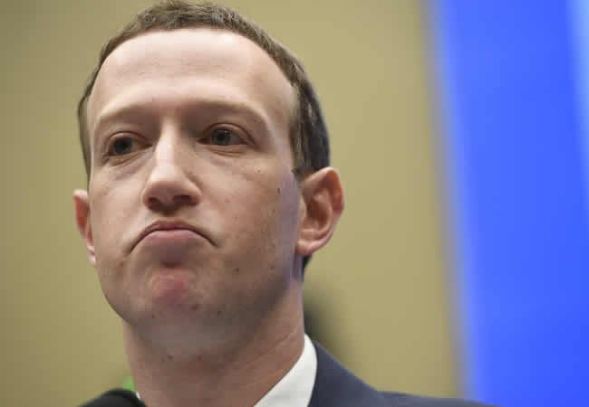 Zuckerberg loses $7bn in hours as Facebook suffers hit – Report