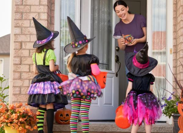 trick or treating times wauwatosa