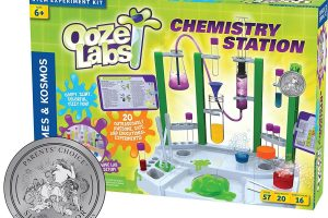 Ooze Labs Chemistry Station Science Experiment Kit