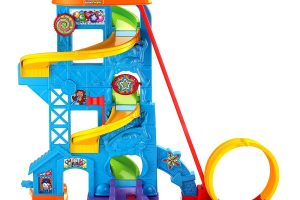 Fisher-Price Little People Loops 'n Swoops Amusement Park