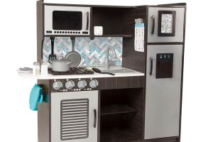 Chef's Pretend Play Toy Kitchen