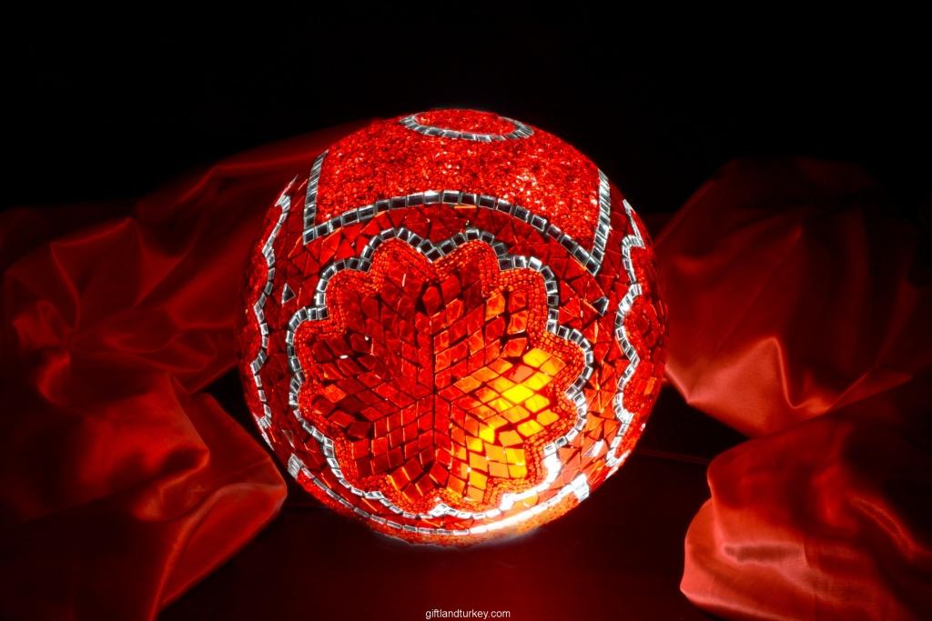 2020 Mosaic Lamp Model