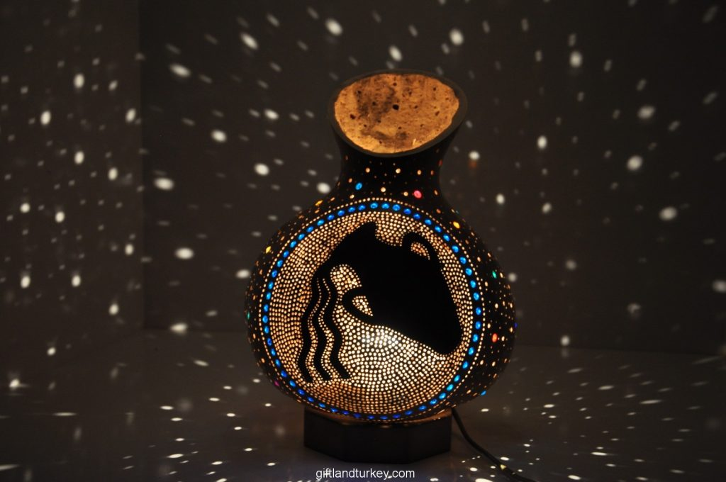AQUARIUS MOSAIC LAMP