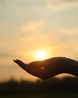 hand of light