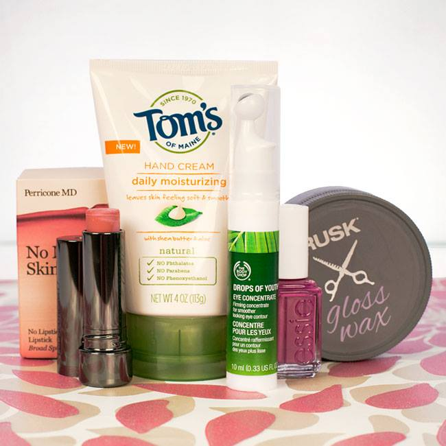 Total Beauty GIVEAWAY Like or comment to win!