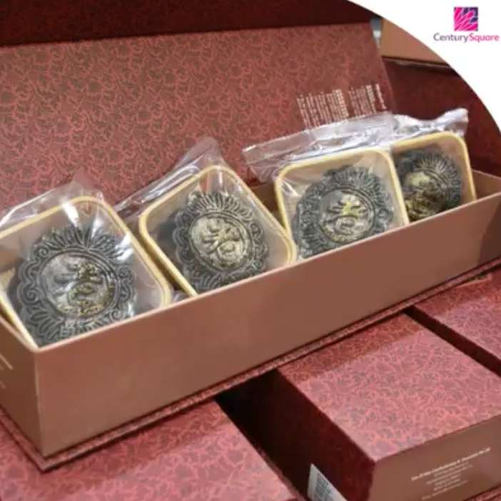 win-mooncakes-from-intercontinental-singapore-the-ritz-carlton-millenia-singapore-and-peony-jade