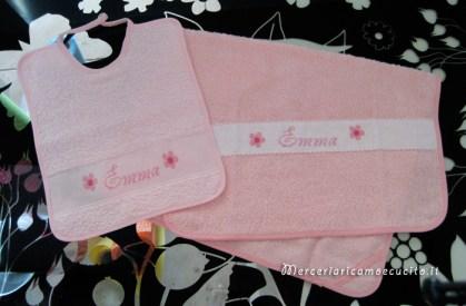 Set asciugamano e bavetta per Emma