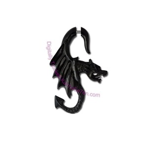 Karma Se7en Carved Winged Dragon Earring