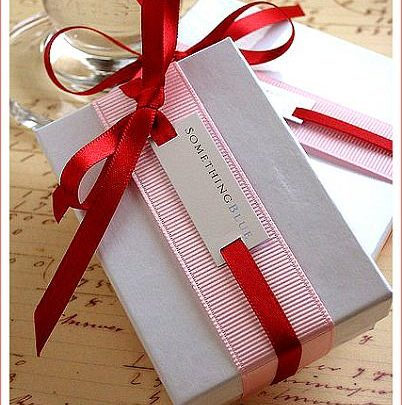 gift wrapping ideas ribbon