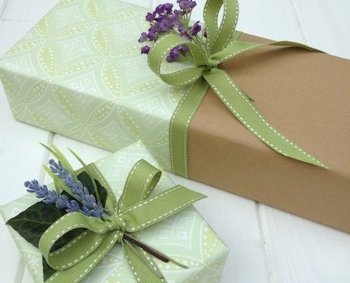 gift wrapping inspiration joining