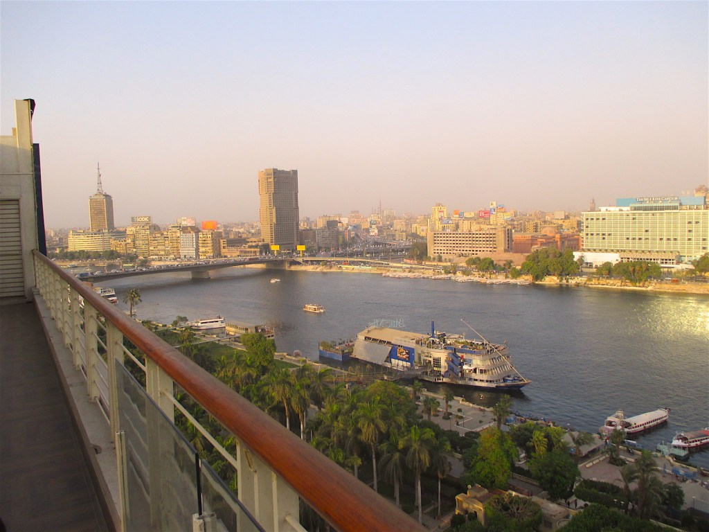 Cairo Center by Antoine Gigal