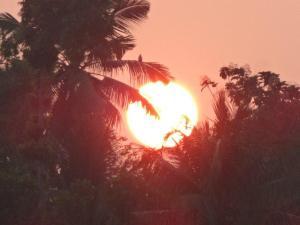 Julia packte den Sonnenuntergang noch in die Kamera...