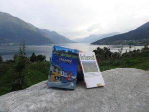Eigentlich wollten wir ja nach Irland... wir hatten uns schon mit Bücher eingedeckt!
