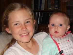 Julia und Baby Sara...